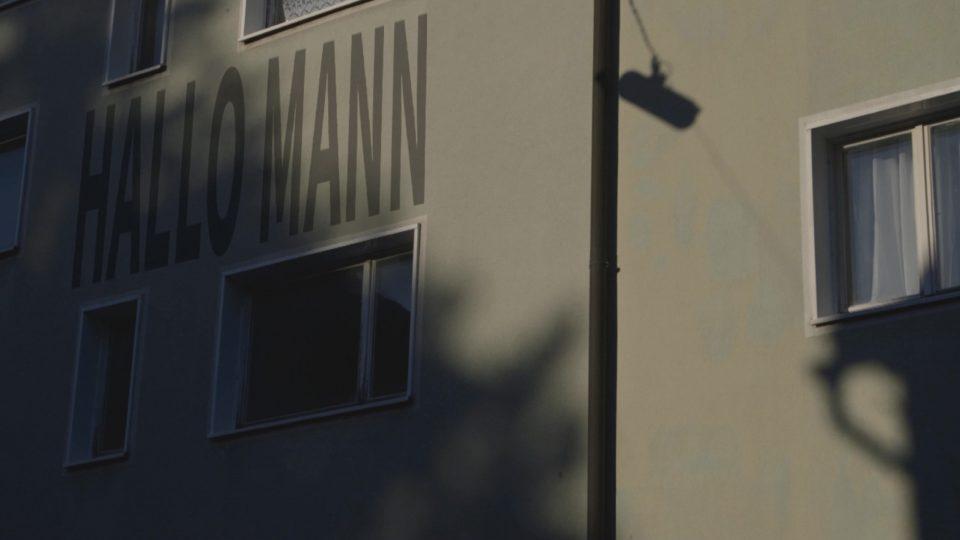 Screenshot aus Hallo Mann